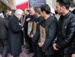حضور دکتر جلیلی در مراسم ترحیم شهدای نیروی انتظامی و بسیج در درگیری با ارازل خیابان پاسداران+تصاویر